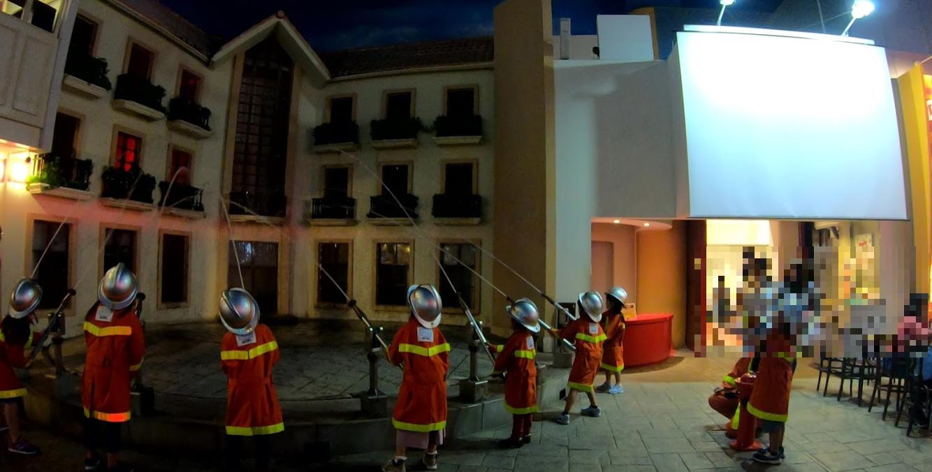 キッザニア東京消防士